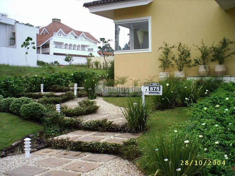 Jard n de entrada ideas paisajistas for Jardin entrada casa