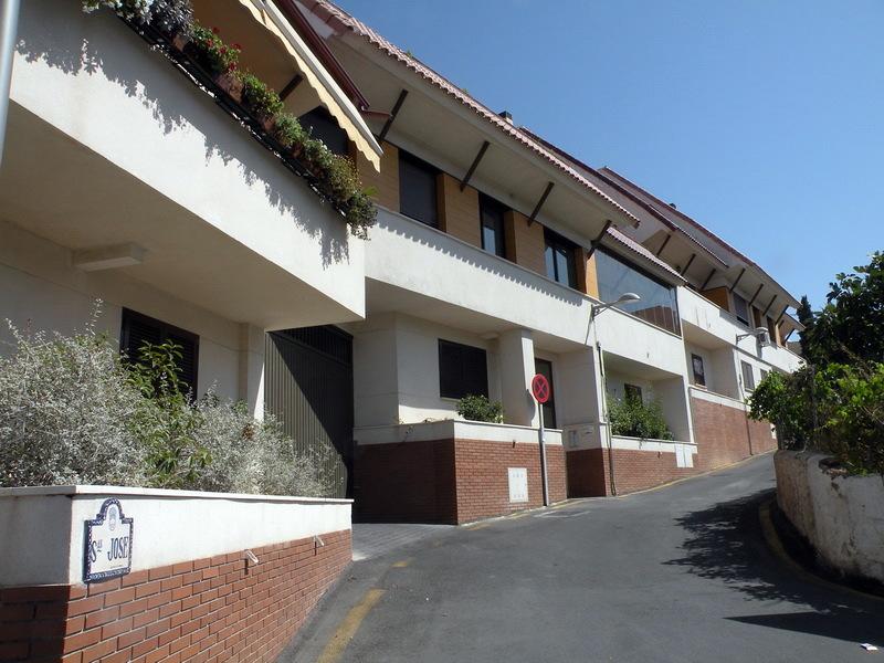 Acceso Calle San Jose