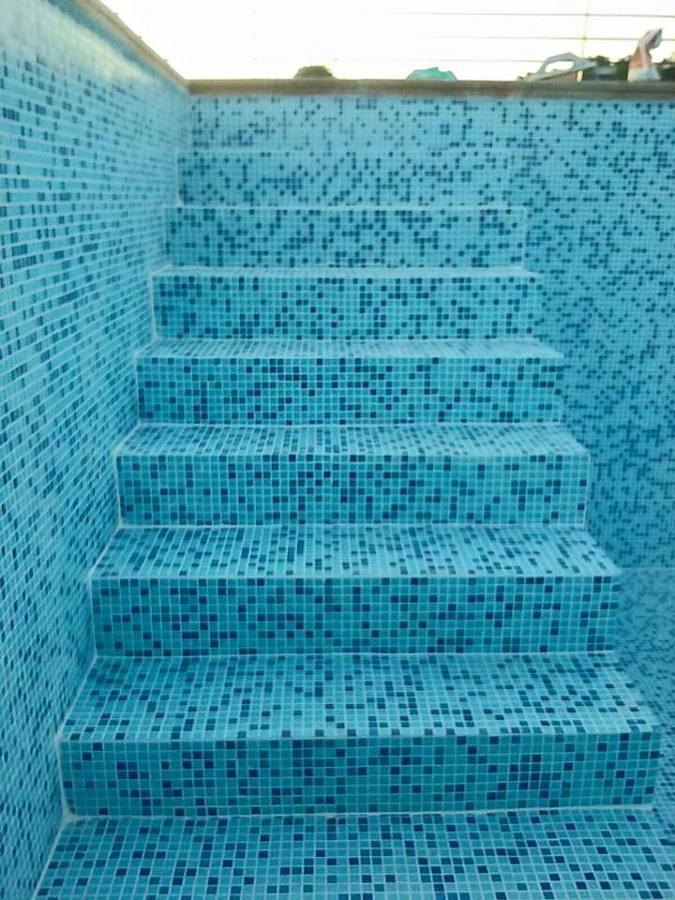 Acceso piscina, pedido por el cliente