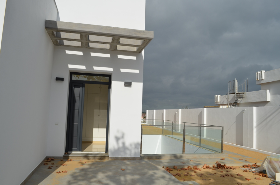 Chalet ideas arquitectos - Patio ingles ...