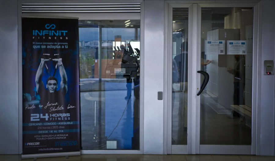 Gimnasio infinit fitness en centro comercial bah a center for Gimnasio 24h madrid