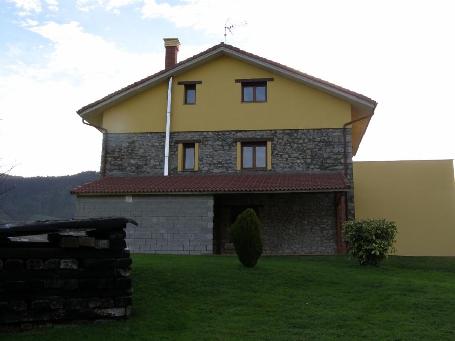 Adecuación de cuadra para vivienda unifamiliar