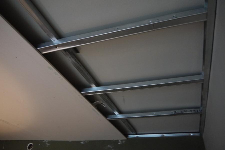 Foto techo pladur para aislar - Como colocar pladur en techo ...