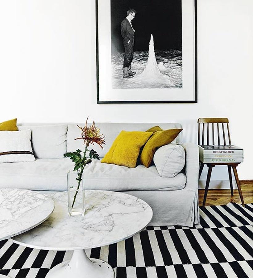 alfombra de Ikea en casa de lujo