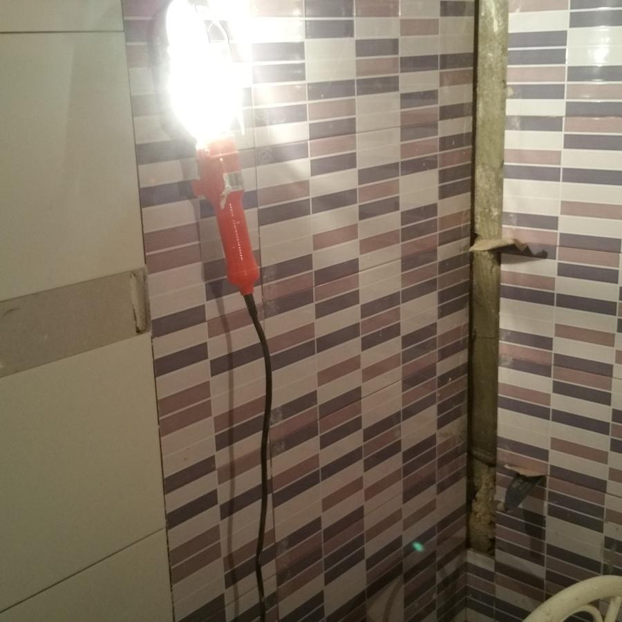 Foto alicatado de ba os de instalacor fontaneria 969124 - Alicatado de banos ...