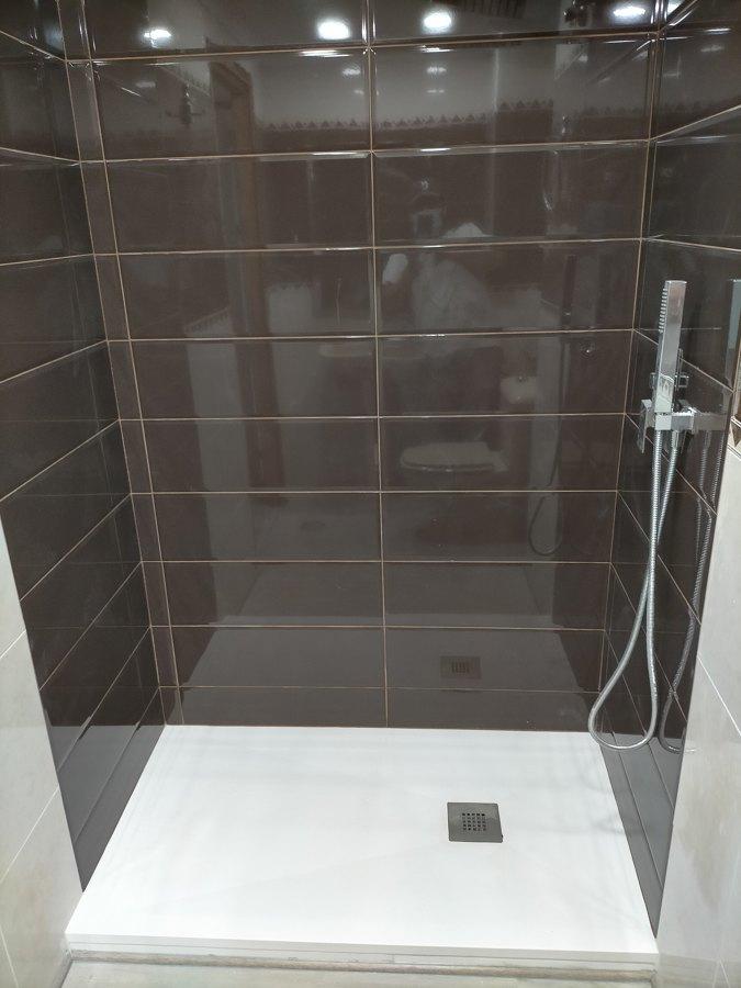 alicatado nuevo parte de la ducha