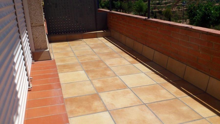 Foto alicatado terraza de obres i reformes j finestres - Albaniles en palencia ...