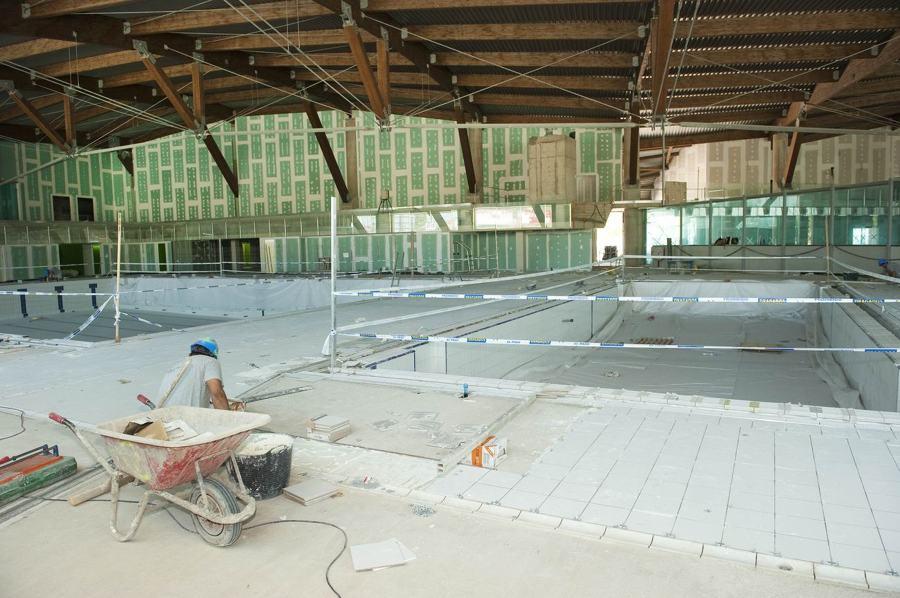Trabajos realizados ideas construcci n casas for Solados para piscinas
