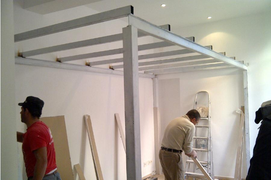 Consejos para hacer un altillo en casa ideas puertas garaje - Como hacer un altillo de madera ...