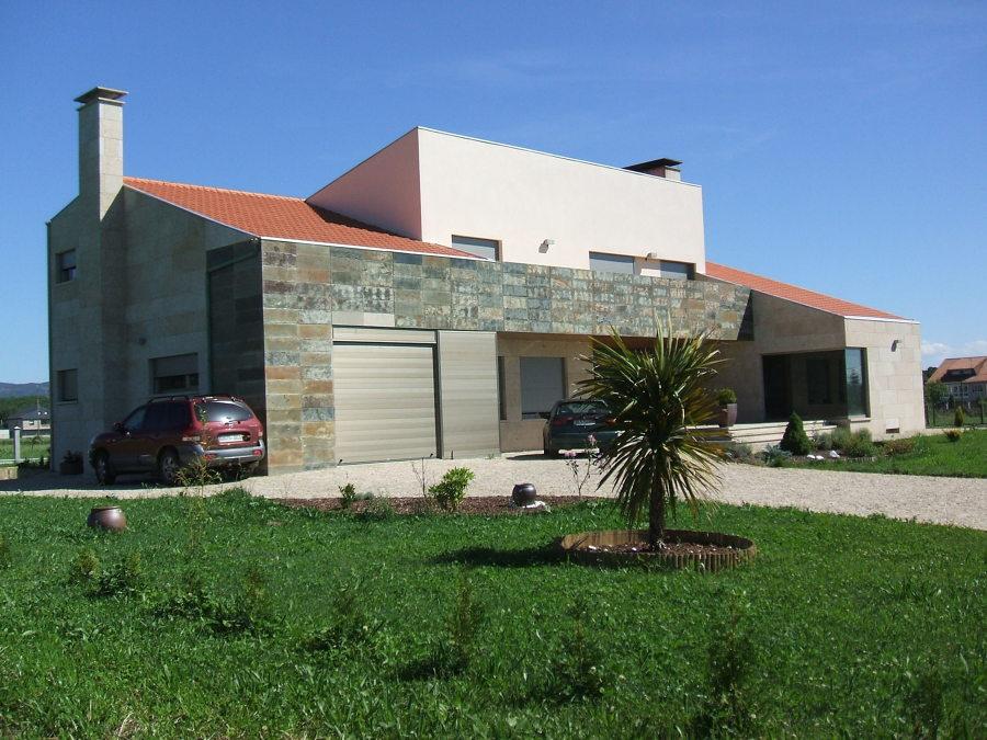 Vivienda unifamiliar pr xima a ourense ideas arquitectos - Arquitectos ourense ...