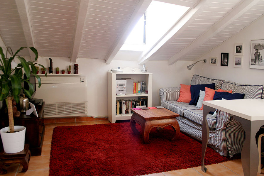Consejos para pintar un techo de madera ideas reformas for Colores de techos de casas