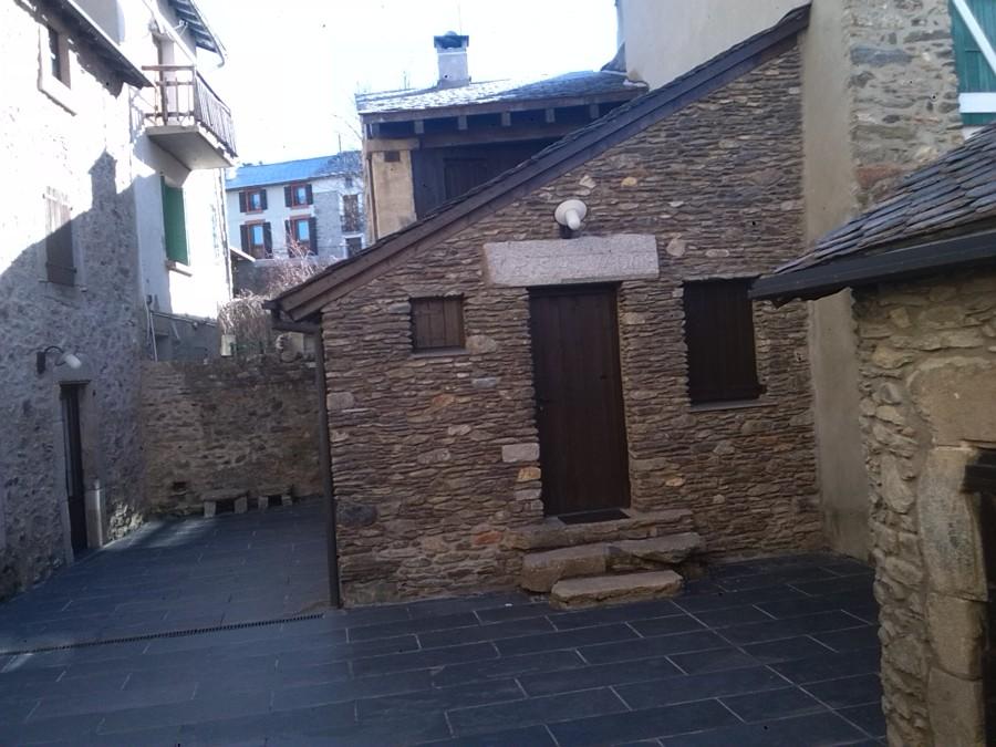 Rehabilitaci n integral de mas a para 3 casas rurales - Rehabilitacion casas rurales ...