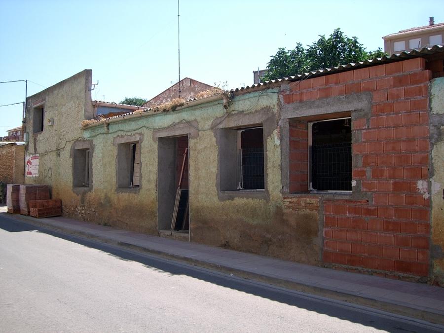 Apertura de huecos en muros