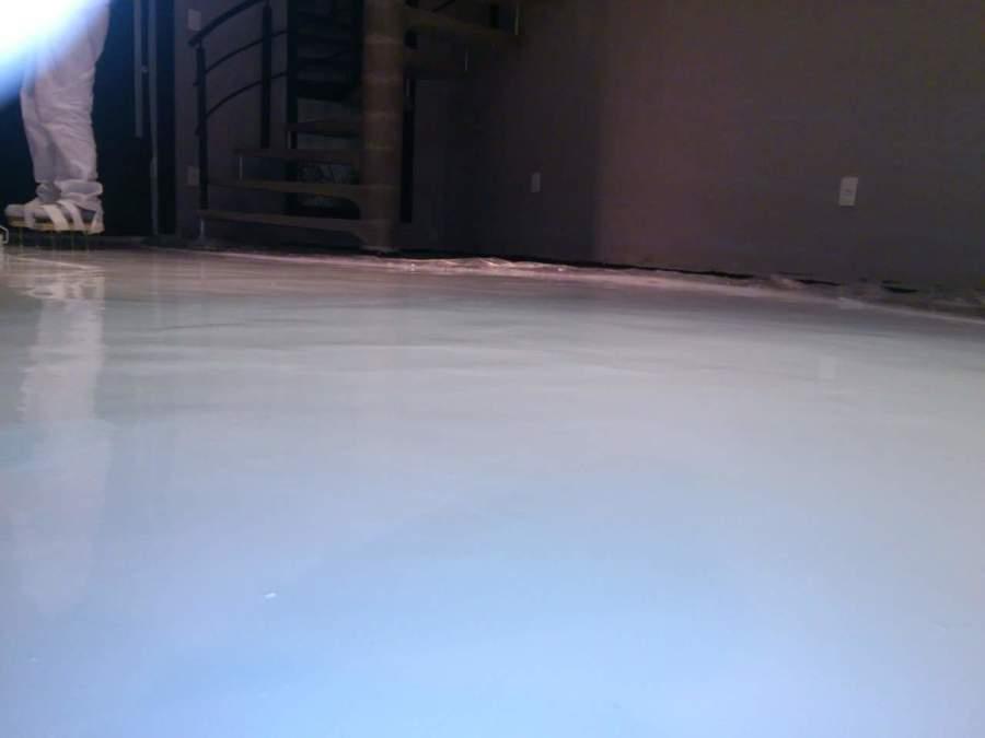 aplicación de la resina epoxi blanca