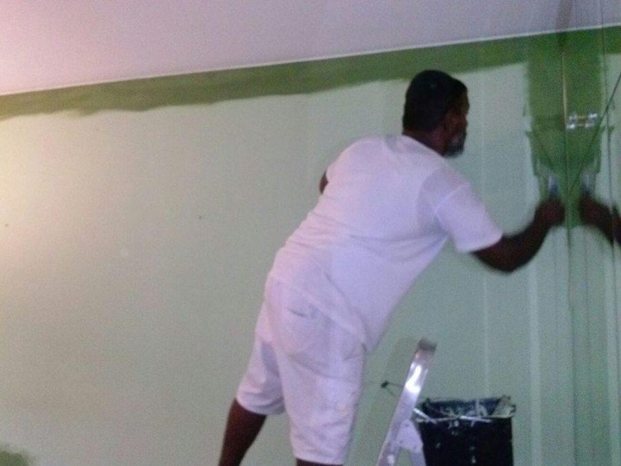 Pintado de interior de piso en sant joan despi zona tv3 for Fijador de pintura