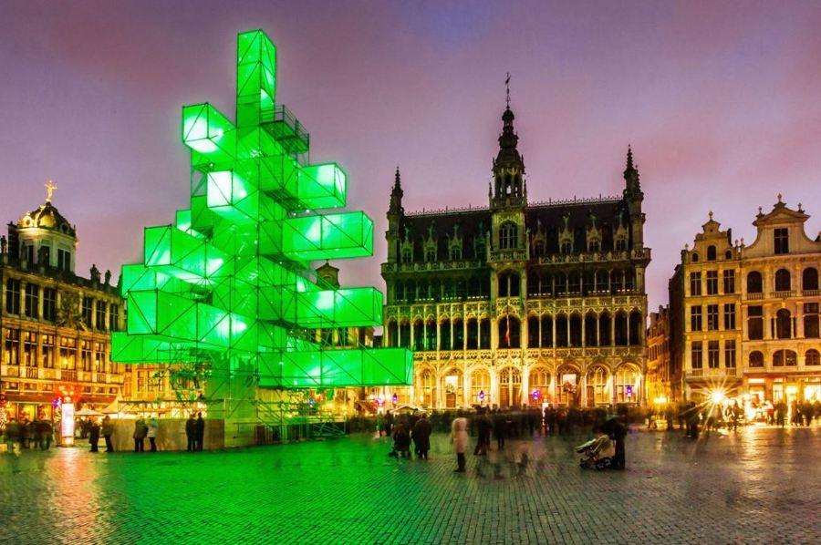 árbol-abstracto-bruselas1-1024x681