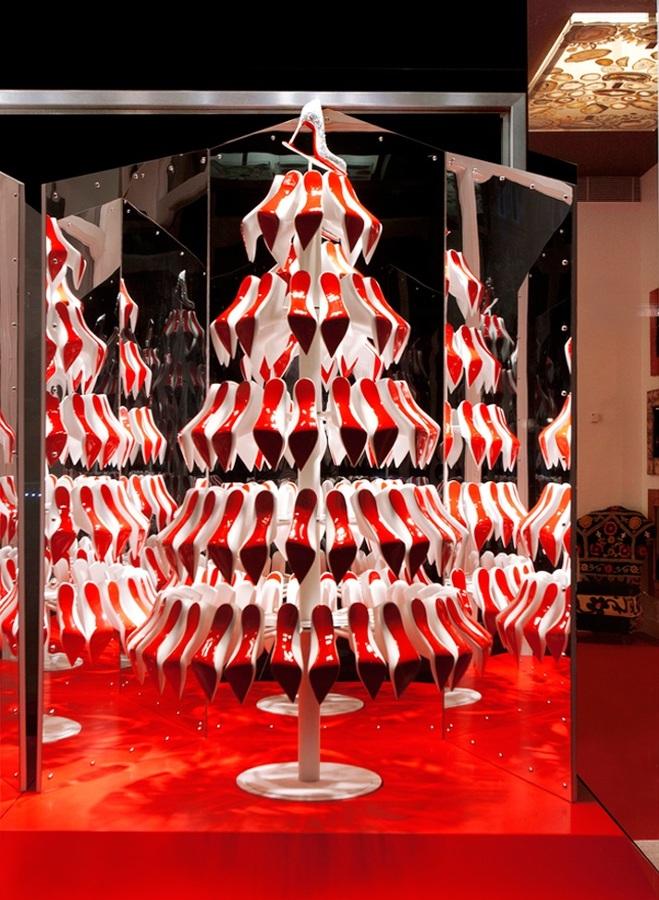 árbol-de-navidad-louboutin