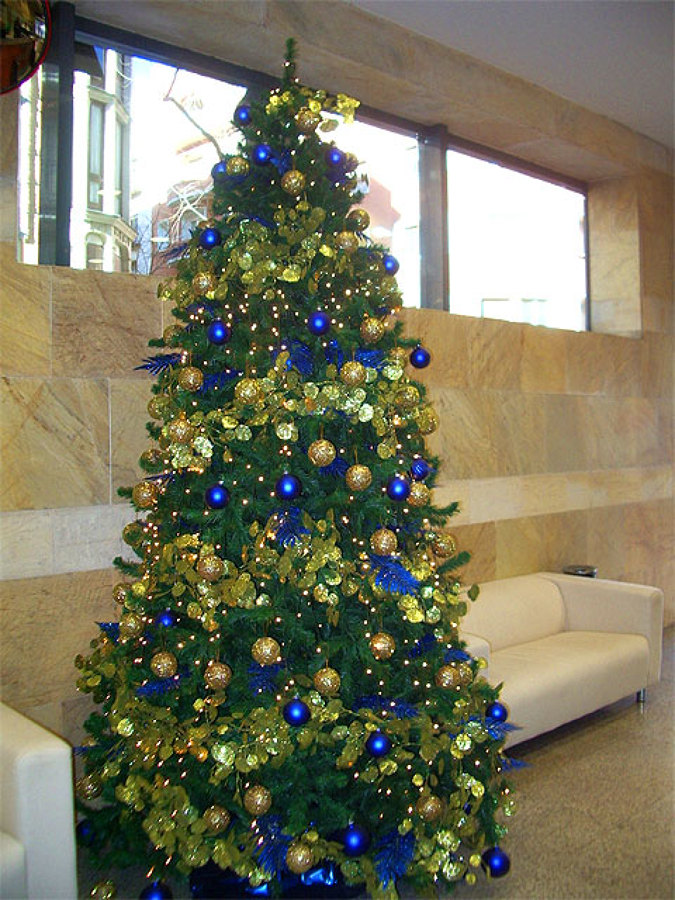 Elegir un rbol navide o natural o artificial ideas - Arbol artificial de navidad ...