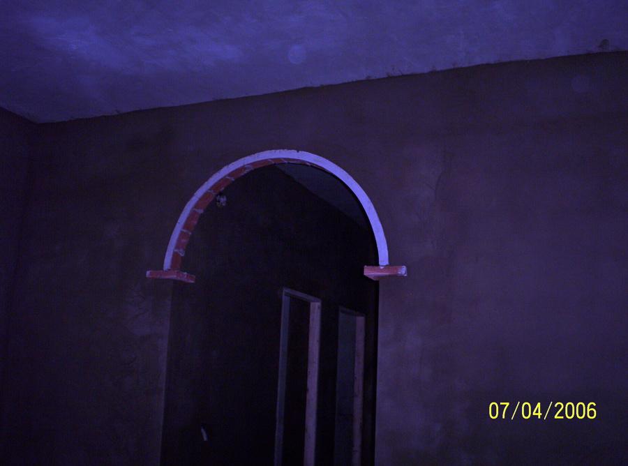 arco de separacion de salon a pasillo de habitaciones
