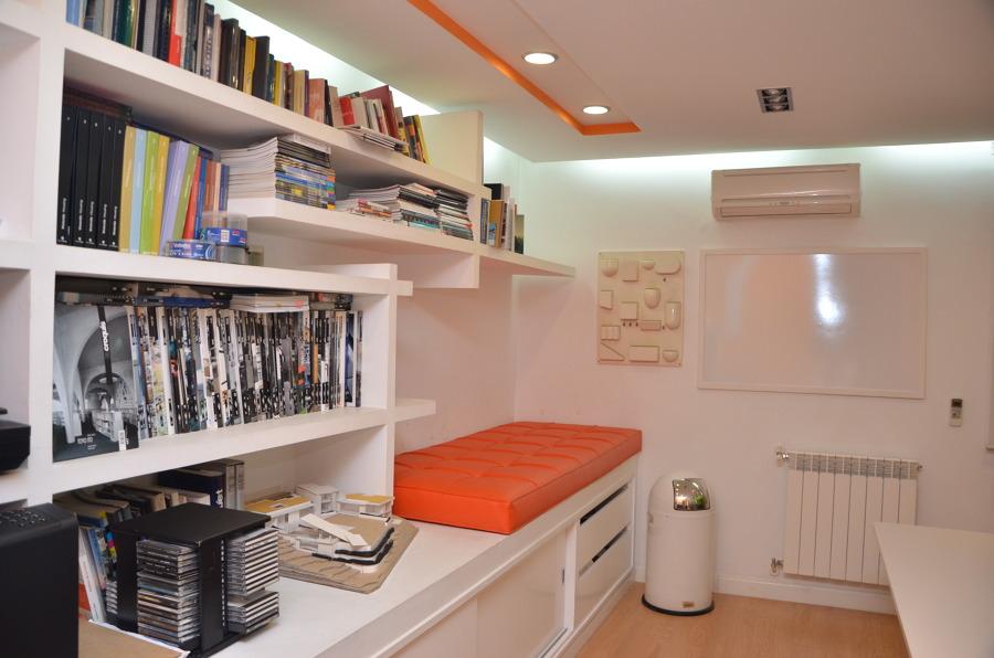 Area de biblioteca y almacenamiento