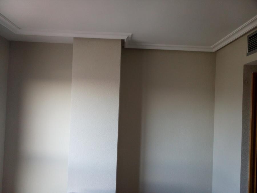 Arena con columna para hacer armario