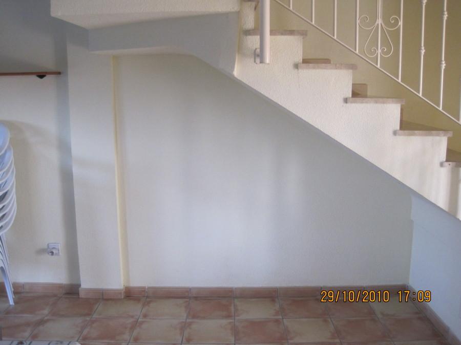 Foto armario bajo escalera de decocin 634800 habitissimo - Armario bajo escalera ...