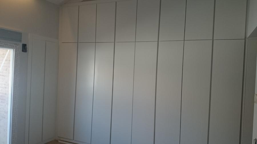 Puertas abatibles para armarios empotrados armarios - Puertas plegables armarios empotrados ...