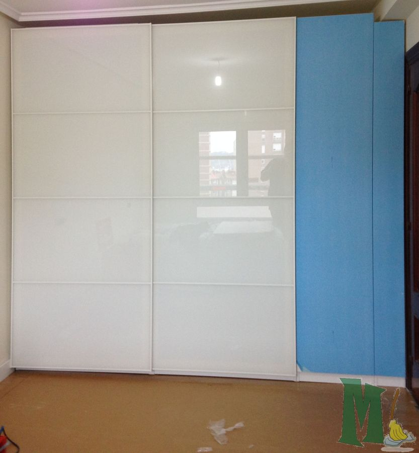 Montaje y adaptacion muebles de ikea en gijon ideas - Armarios de entrada ikea ...