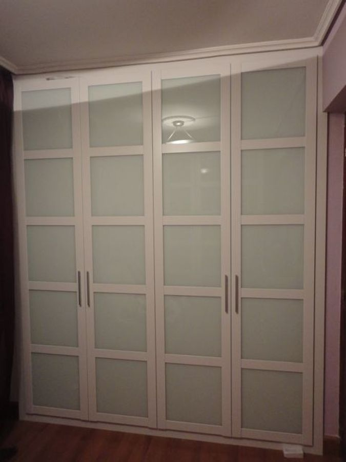 Puertas de armarios empotrados ikea great puertas ikea - Armarios empotrados con puertas correderas ...