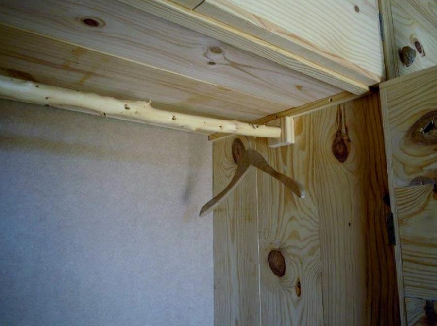 Armario r stico pura madera ideas armarios - Armario rustico segunda mano ...