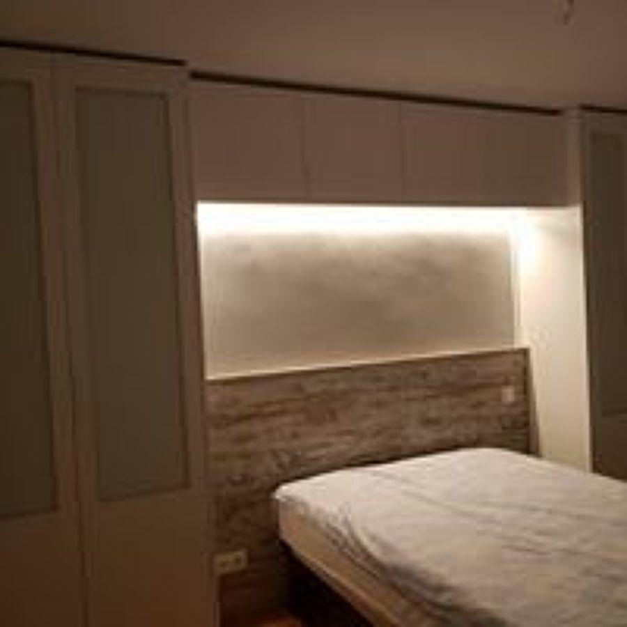 Foto armarios puente sobre cama de carpintalia 1612660 habitissimo - Cama sobre armario ...