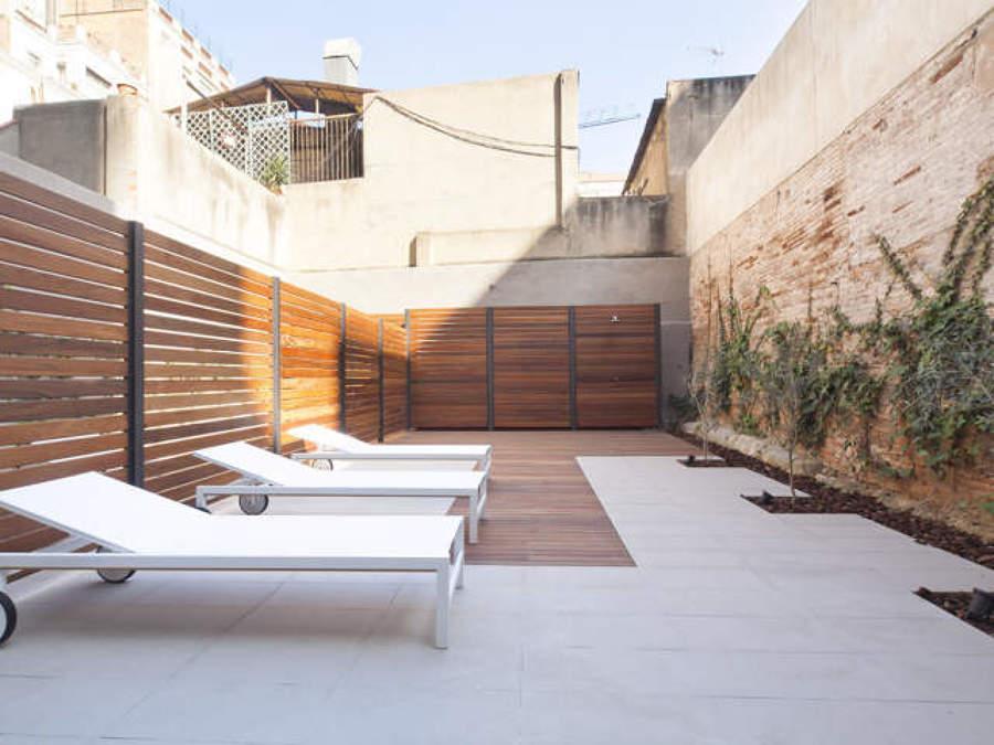 ASÍ HA QUEDADO El patio · solarium · ducha