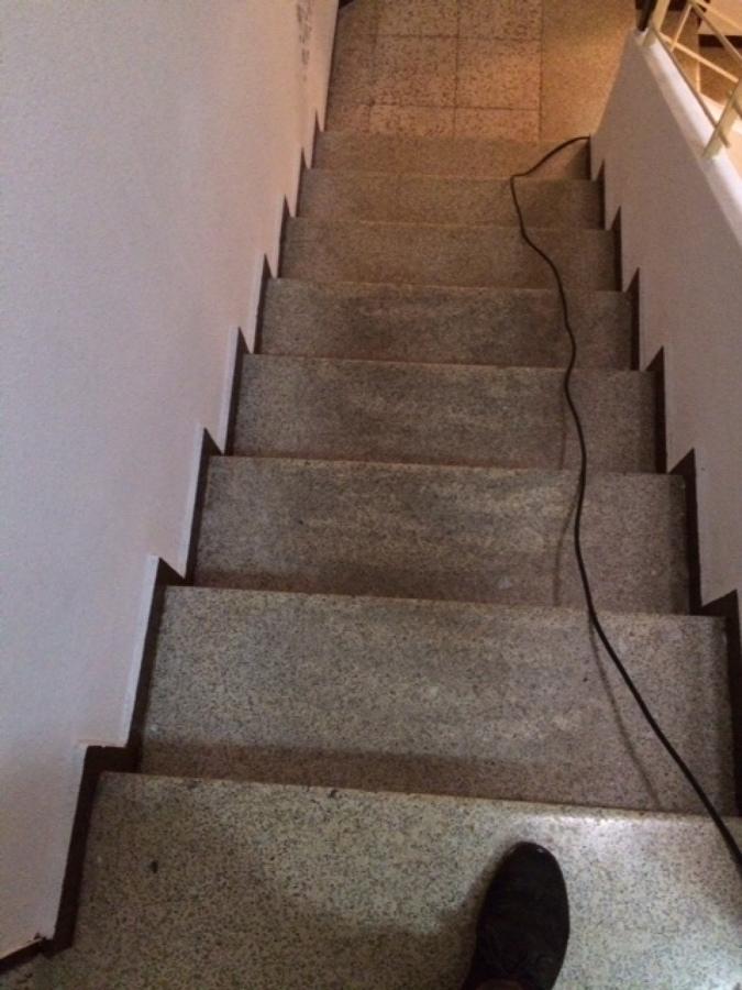 Reparaci n de pelda os de escaleras antiguas ideas limpieza - Peldanos de escaleras ...