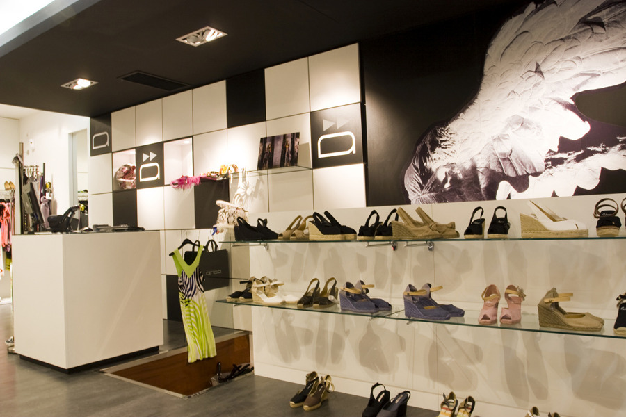 Interiorismo tienda tica ideas decoradores - Ideas interiorismo ...