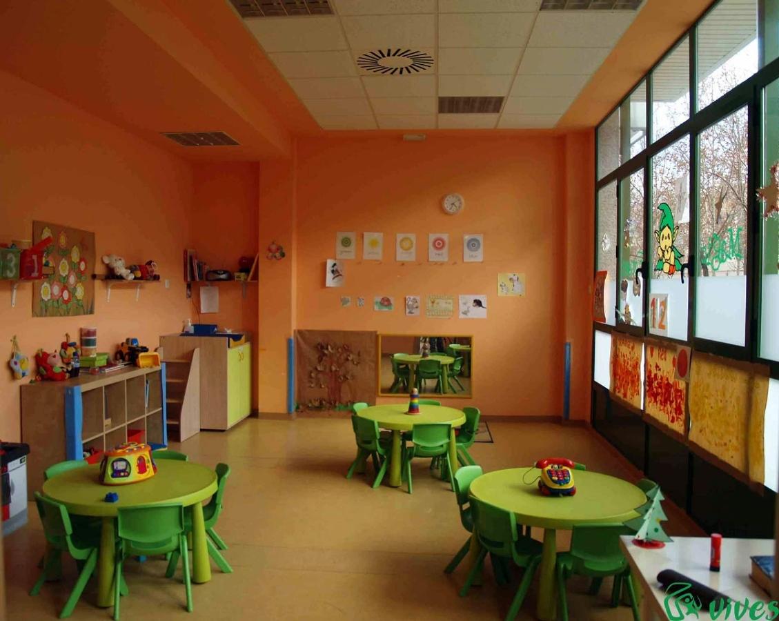 Aula diseñada y decorada para niños de la guardería de Utebo