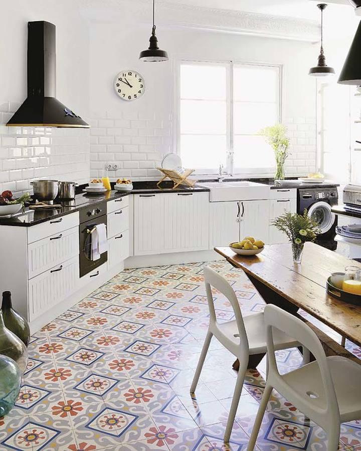 Suelos de cer mica gres porcel nico y azulejo ideas - Azulejos rusticos para cocinas ...