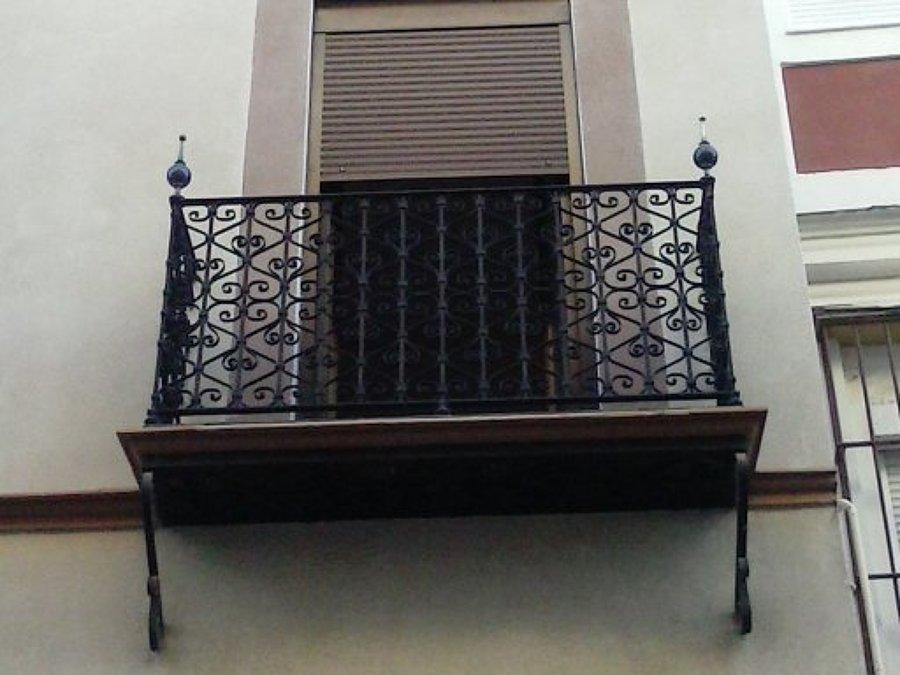 Restauraci n de balcones en c santa clara sevilla - Carpinteria santa clara ...