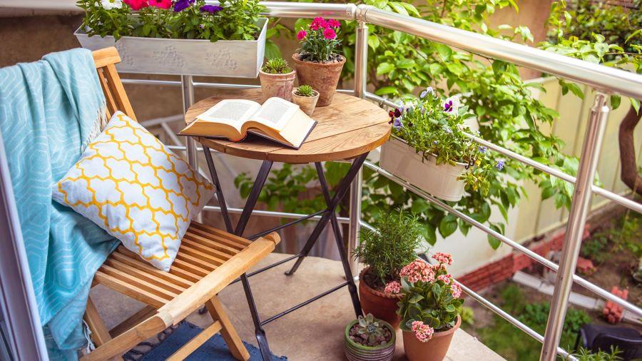 Balcón con rincón para lectura