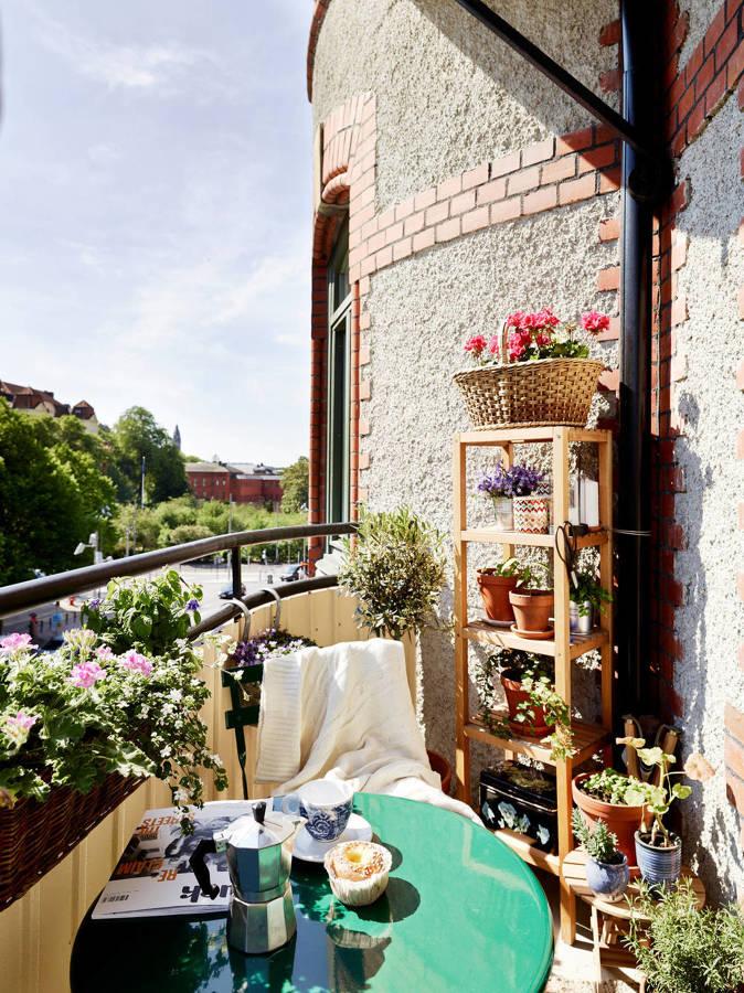Balcón en terraza semicircular