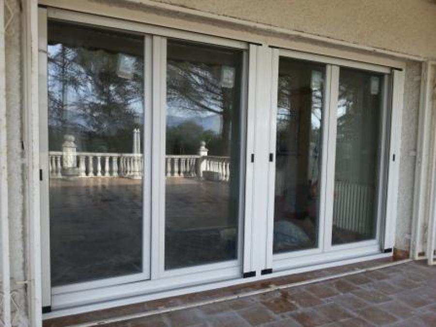 Ventanas y puertas de pvc de alta eficiencia energ tica for Pvc o aluminio precios
