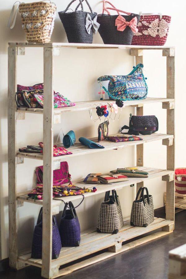 Guardar bolsos poco espacio great guardar bolsos poco - Guardar bolsos en armario ...