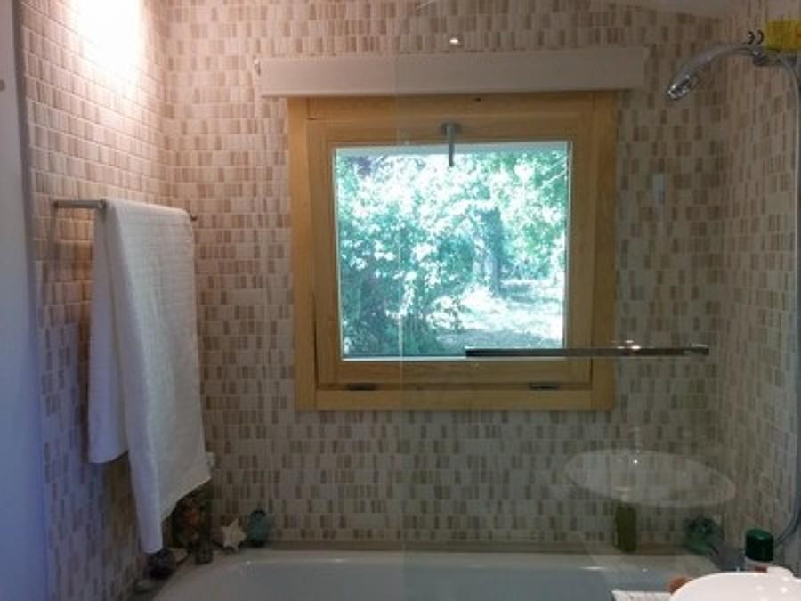 Bañera en el baño
