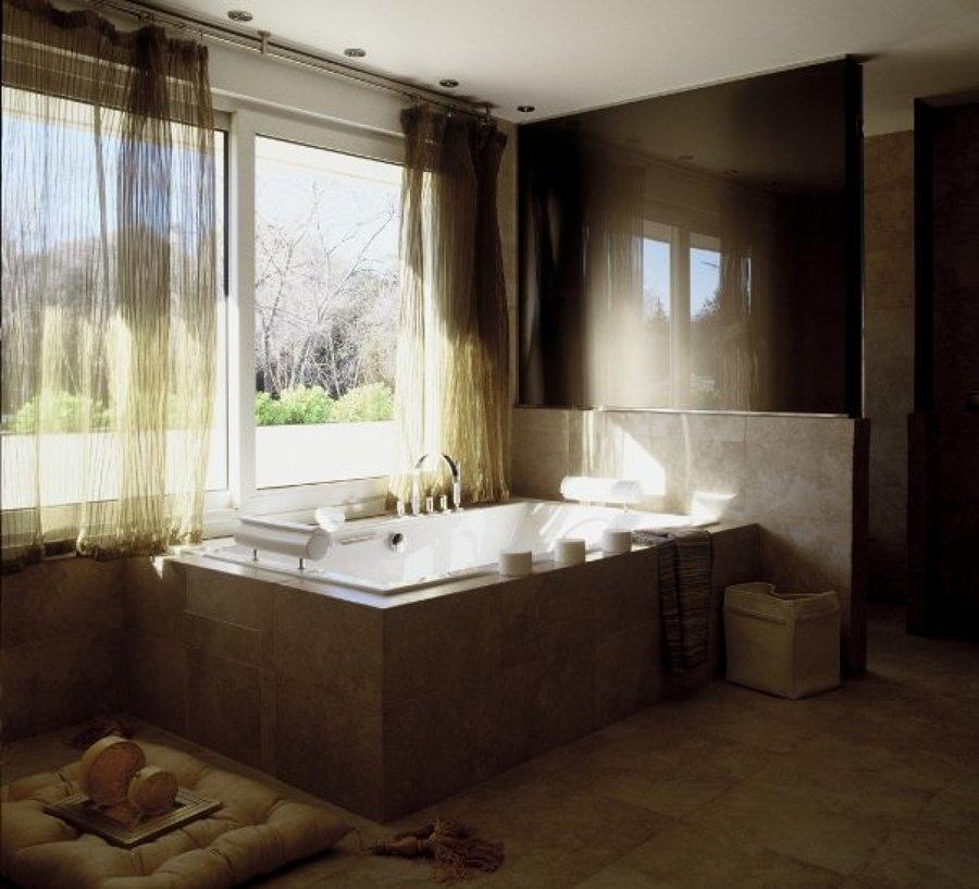 Bañera hidromasaje Hidrobox con luz y aire.