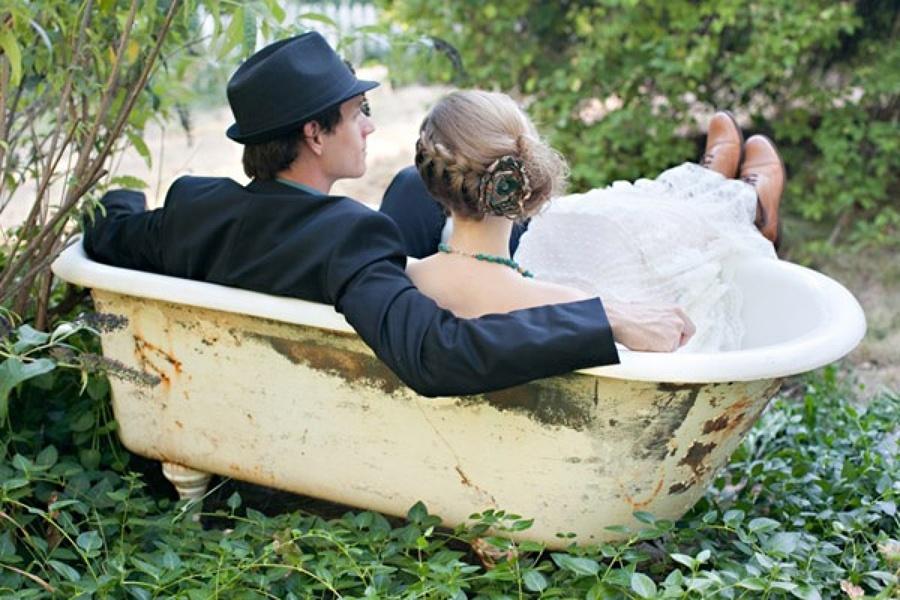 Bañera y recién casados