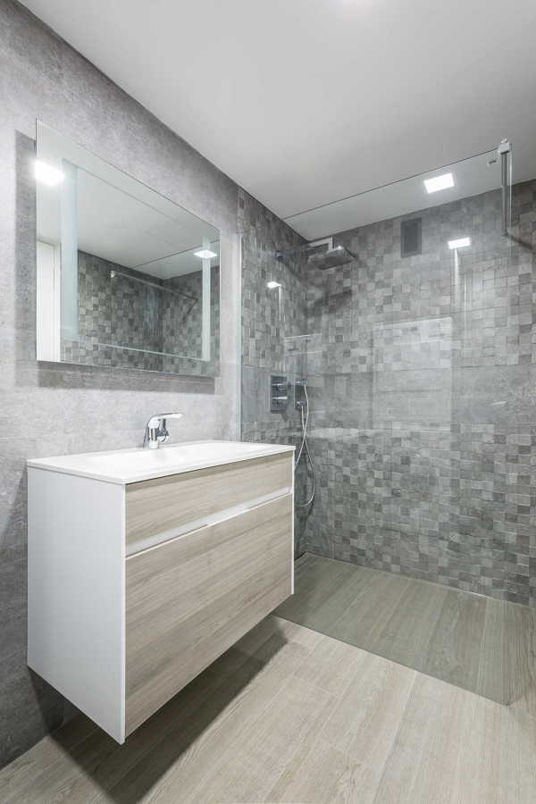 Baño Pequeno Rectangular:Google and Colores on Pinterest