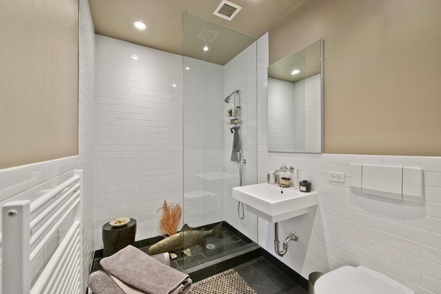 7 consejos para pintar un ba o y no fracasar en el intento - Alicatados de cuartos de bano ...