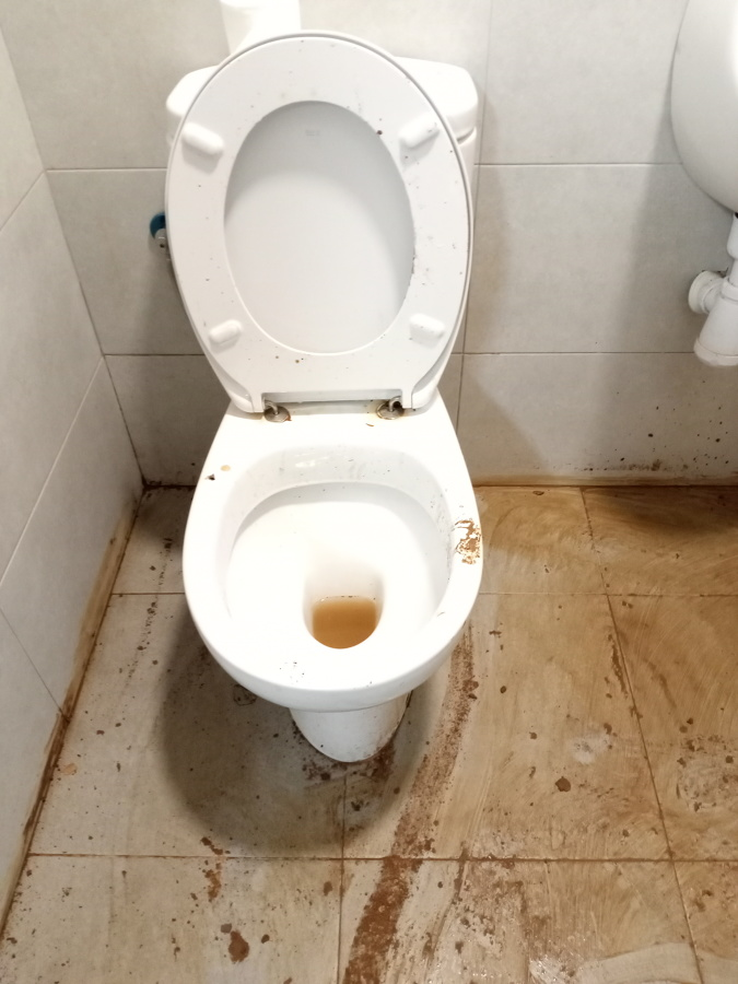 Baño 2 Antes (2).jpg