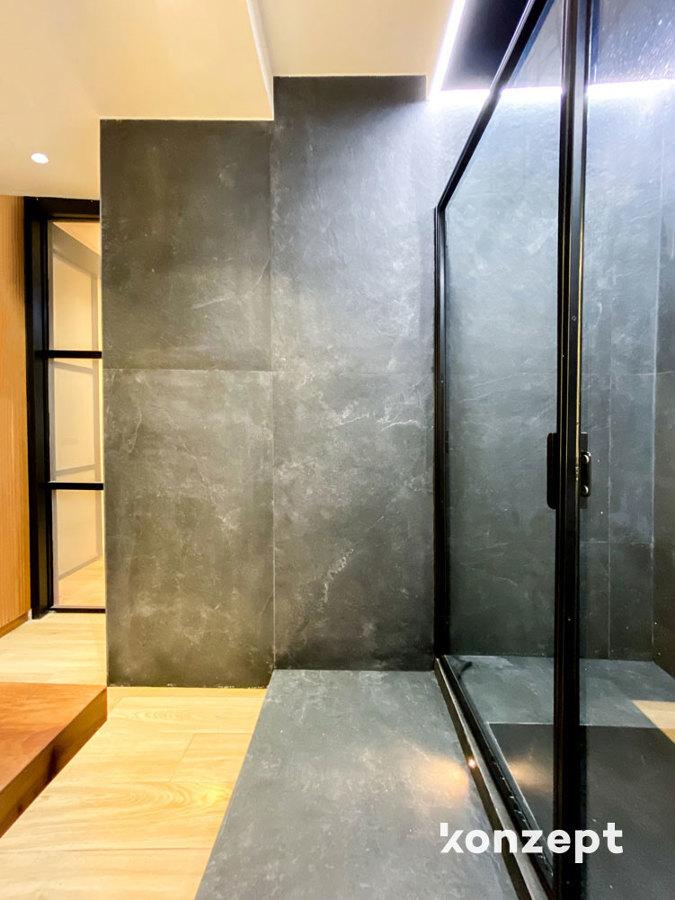 Baño azulejo pizarra negro
