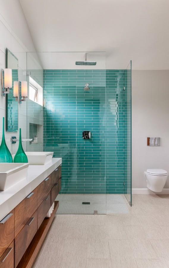 Baño azulejos turquesa