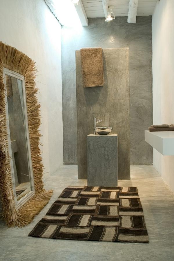 Suelos de cemento para casas con personalidad ideas for Pared de bano de concreto encerado